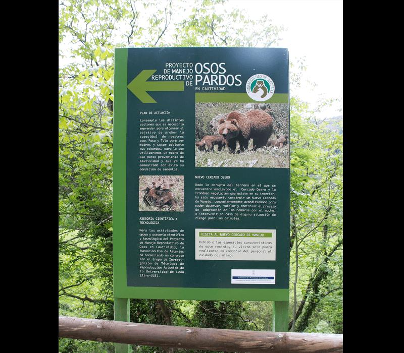 Señalética exterior para cercado y casa del oso Asturias